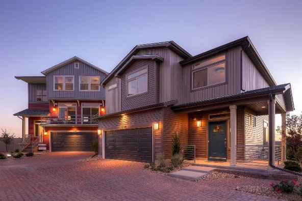 Carriage Houses - Oakwood Homes in Castle Rock CO in The Meadows